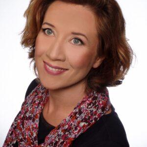 Dr Katarzyna Wiśniewska