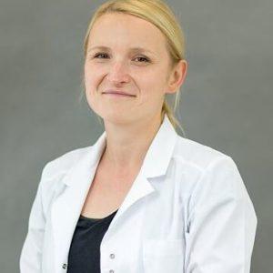 Dr Agata Mandes